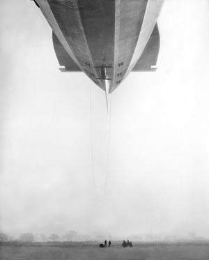 R100_airship_tumblr_nxg45vqkfu1sx_3