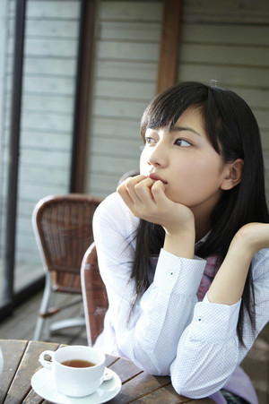 Kawaguchiharuna_sugimino_tumblr_m1n